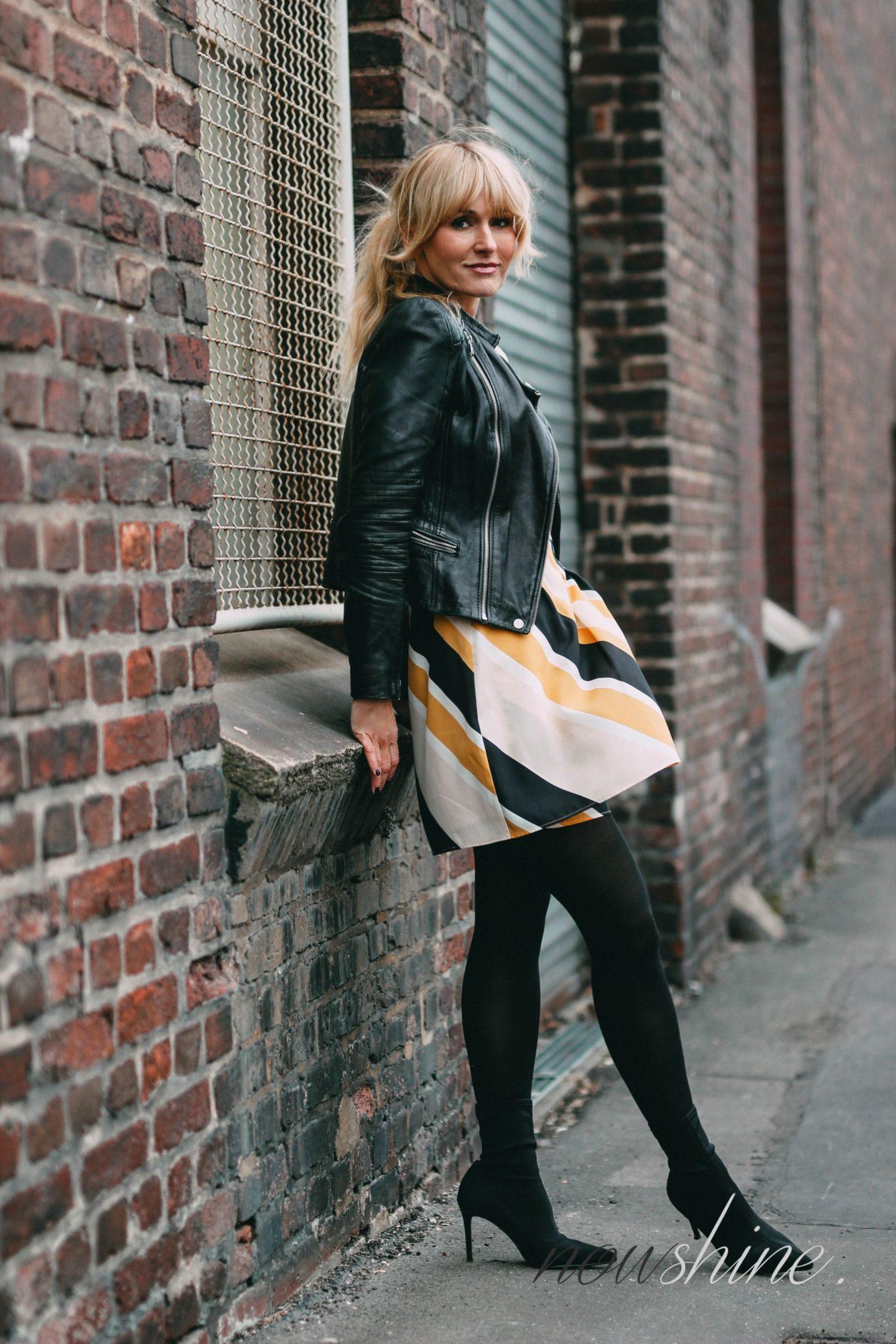 Blazer Fur Gelbes Kleid Modische Kleider Beliebt In