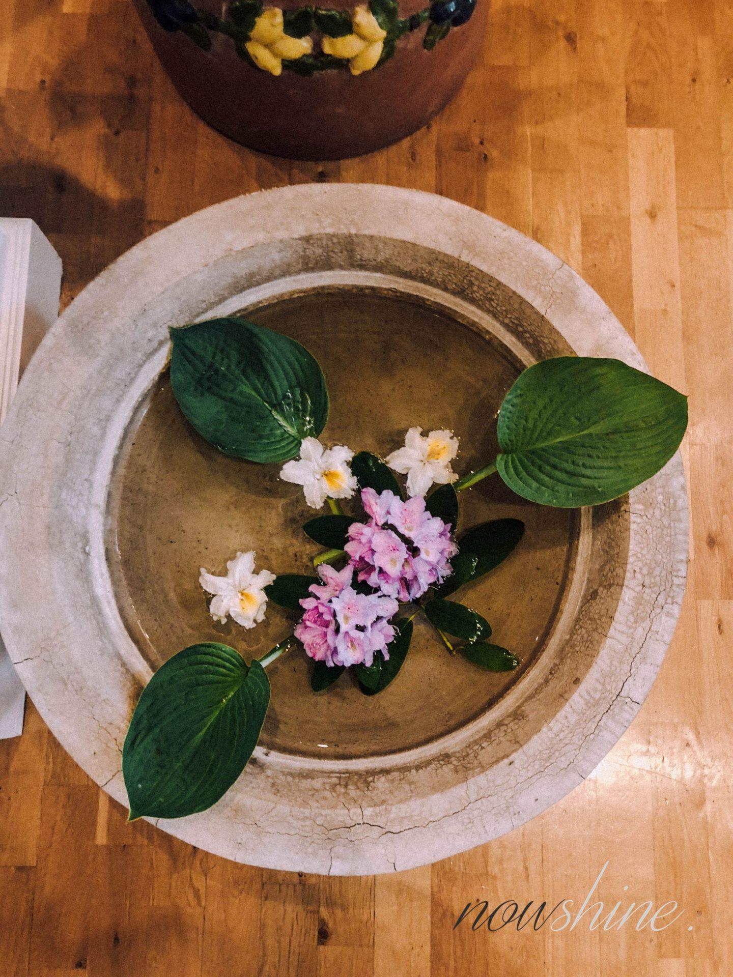 Luxuriöser Kurzurlaub im Relax- und Wellness Hotel Gräflicher Park Bad Driburg - Blumen im Ayurveda Haus