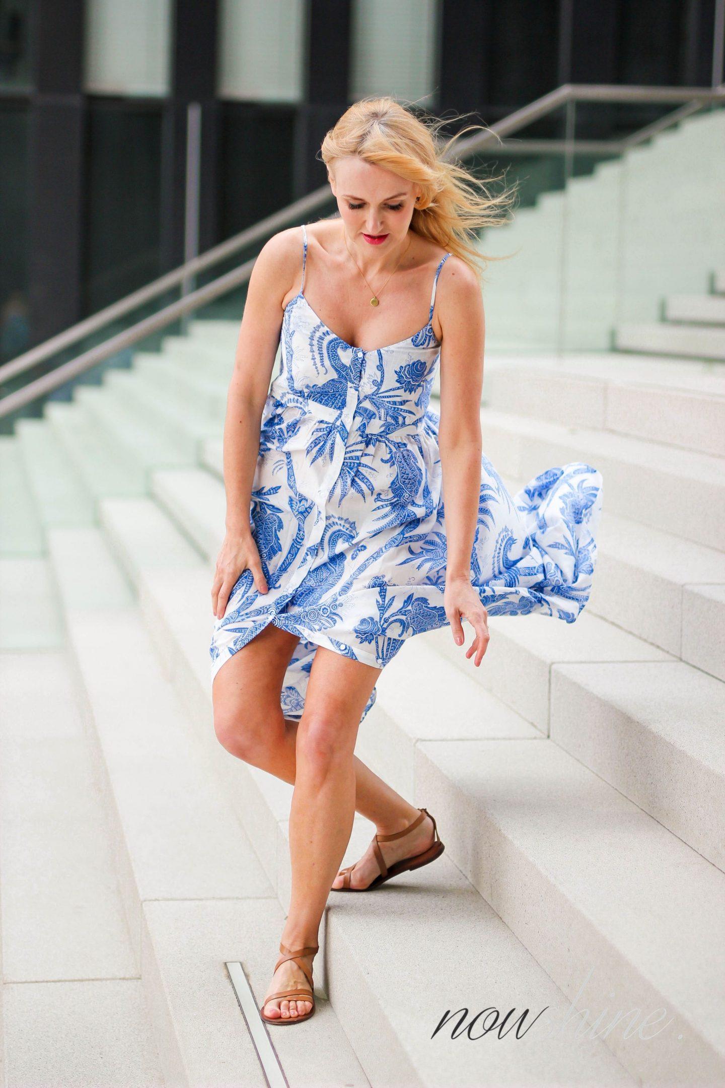 Feminine Maxikleider für den Sommer - Nowshine im Maxikleid von H&M Trend - Hyatt Regency Düsseldorf Shooting -Lookbook