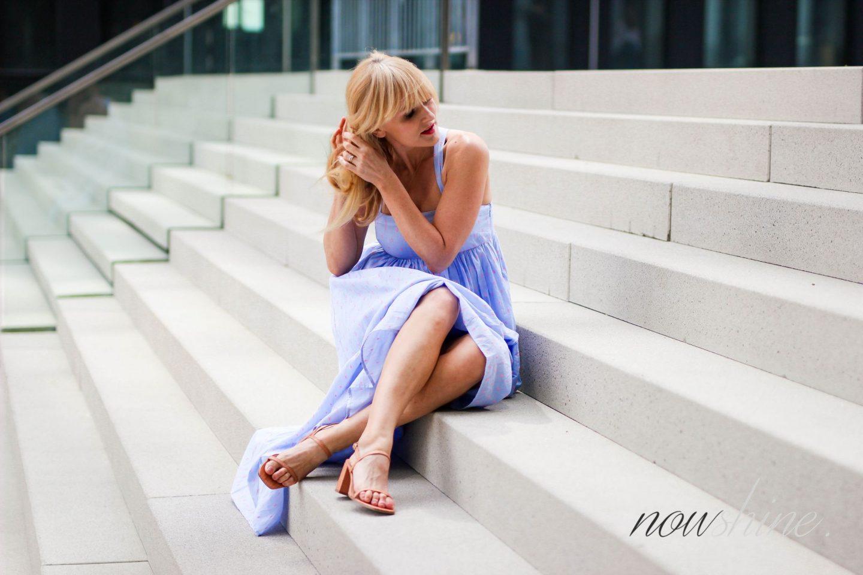 Feminine Maxikleider für den Sommer 2018 - Nowshine im Maxikleid von H&M