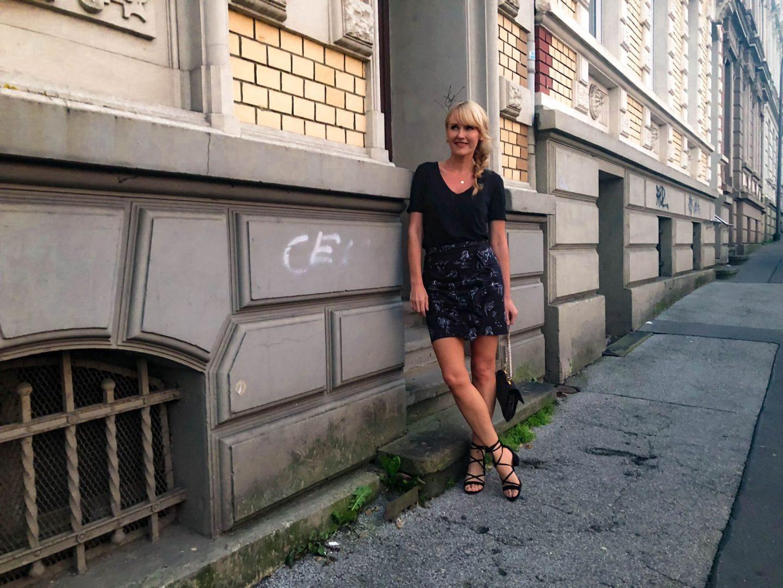 Sandalen von & Other Stories - Rock von Edited - Nowshine ü 40 Fashion, Beauty und Reiseblog