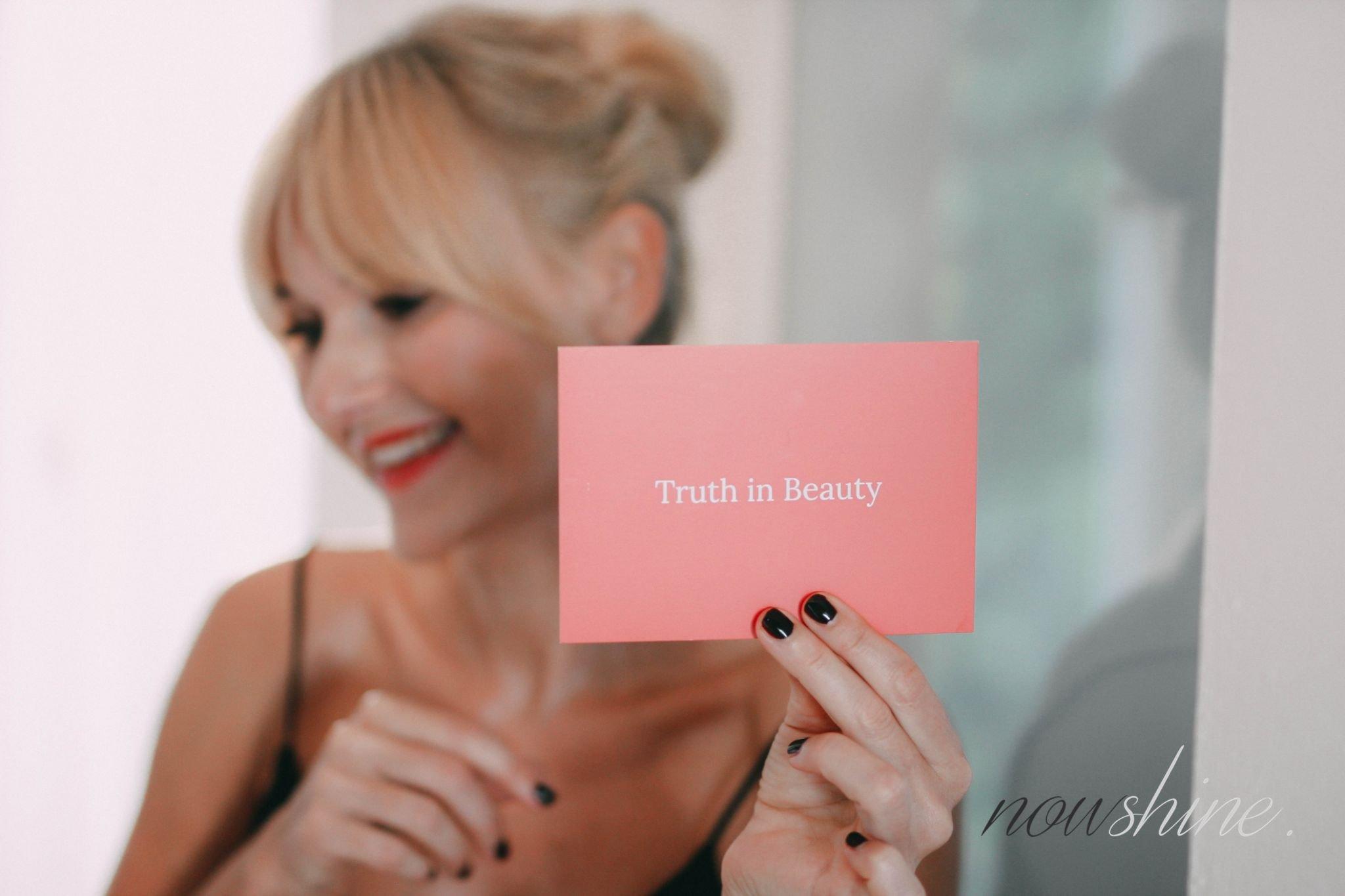 Defense Line von Paula´s Choice - Doro von Nowshine - Beauty ü40 - my life, my city, my skin Kampagne - Truth in Beauty