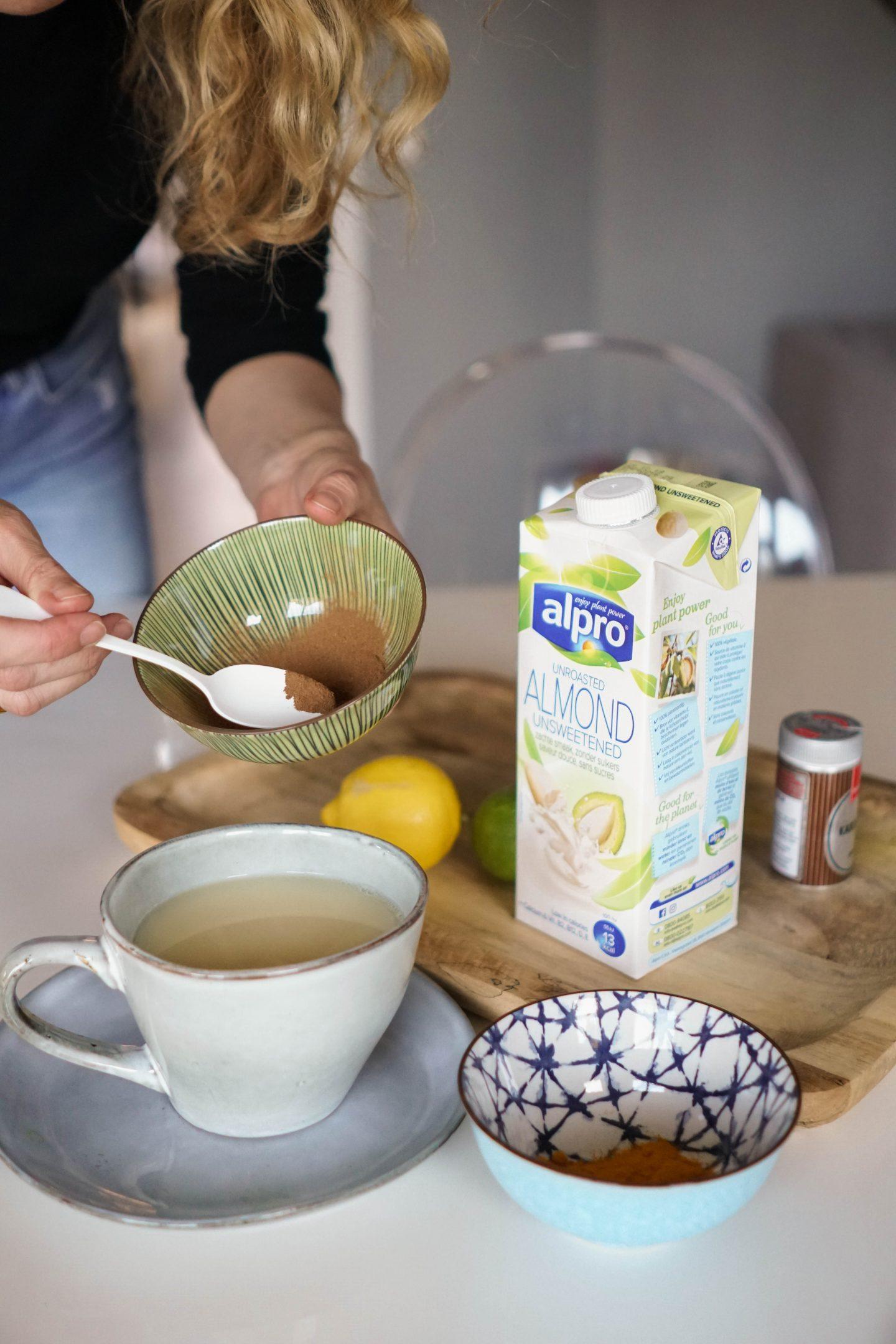 Alpro 30 Tage Challenge-Rezept Tee mit Alpro Mandeldrink ungesüßt-Nowshine Lifestyle Blog-Ernährung-Zuckerbewusstsein