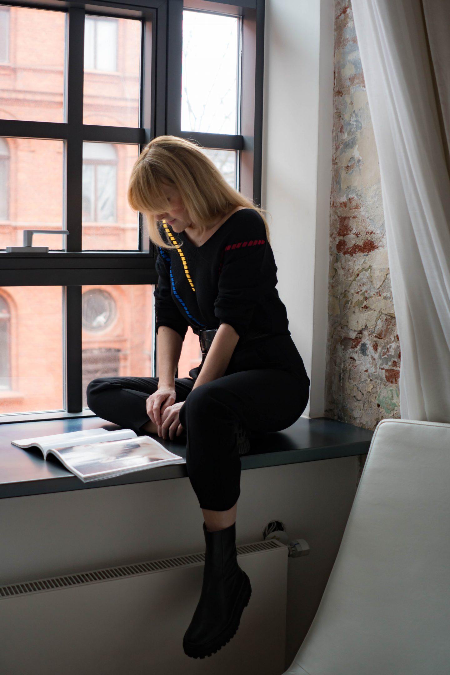 WENZ Pullover in Schwarz-Amy Vermont-Nowshine ü40 Blog im Andels Hotel Lodz