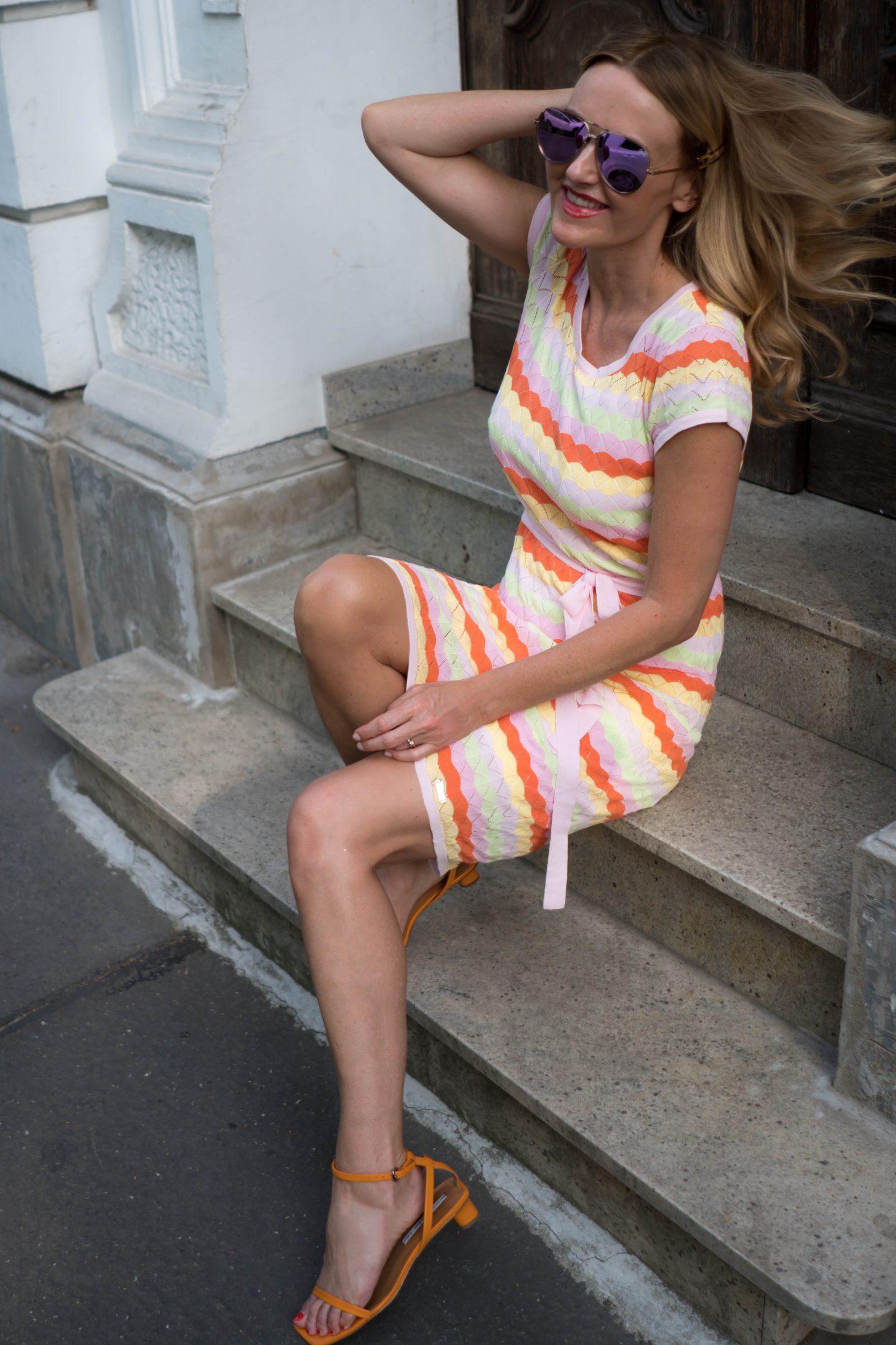 Nowshine-in-Amy Vermont-Kleid-Doppeljubiläum-bei-WENZ