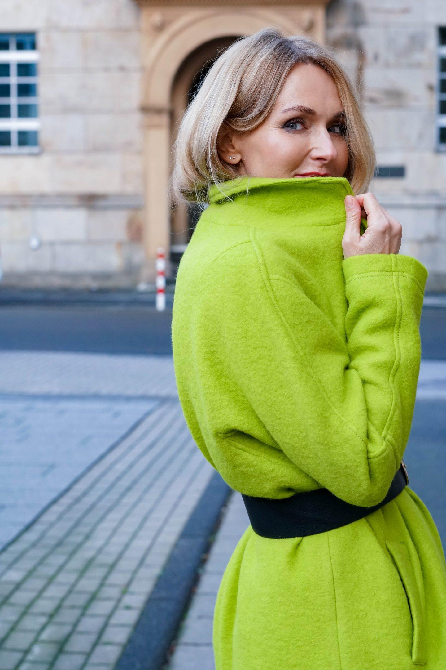 Nowshine ü40 Fashionblog-Mantel von Amy Vermont-WENZ